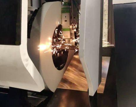 Plasma-/ laserskärning